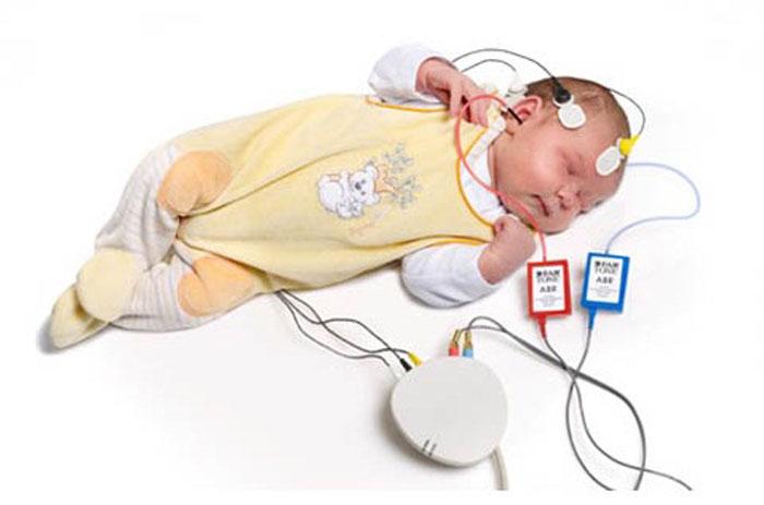 آزمون های شنوایی مخصوص اطفال ارائه شده در مرکز شنوایی البرز